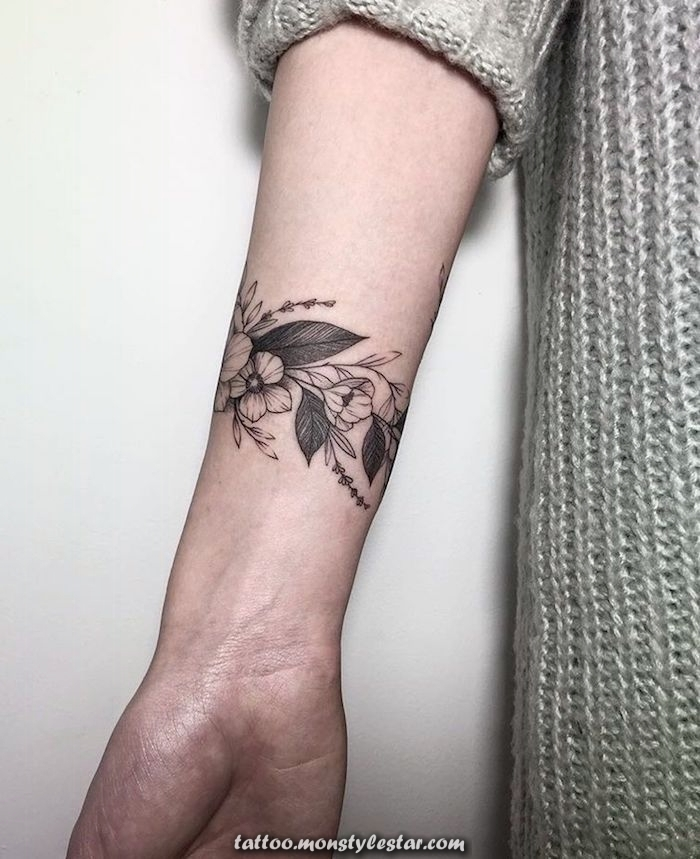 ▷ 1001 + Tattoos Women Ideas and images - Kylie Bauman