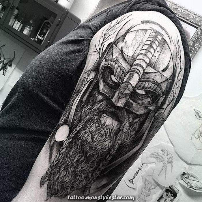 ▷ 1001 realistic and fresh Viking tattoos to inspire - Caro Wenzel