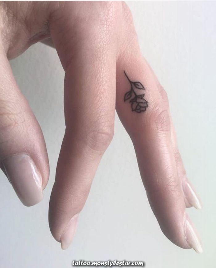 ▷ 1001 + Tattoo Ideas with your fingers and their meaning - SMILE AND WINDING / The eh ...