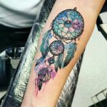 The Dreamcatcher tattoo and its meaning + Ideas for all body parts - C ...