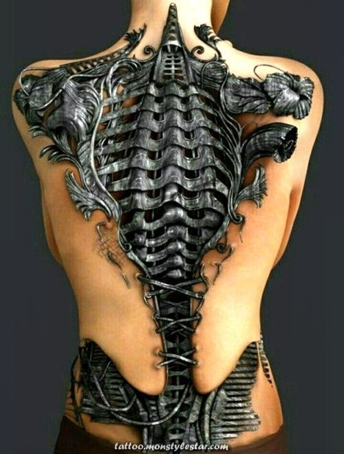Become an extraterrestrial cyborg with a biomechanical tattoo: all the senses