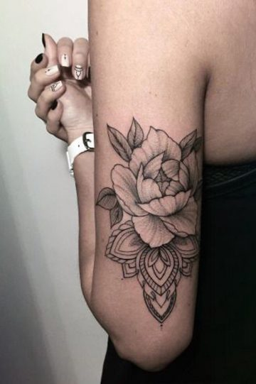 Black roses behind the arm women tattoo - MyBodiArt.com #women #mybodiart ...