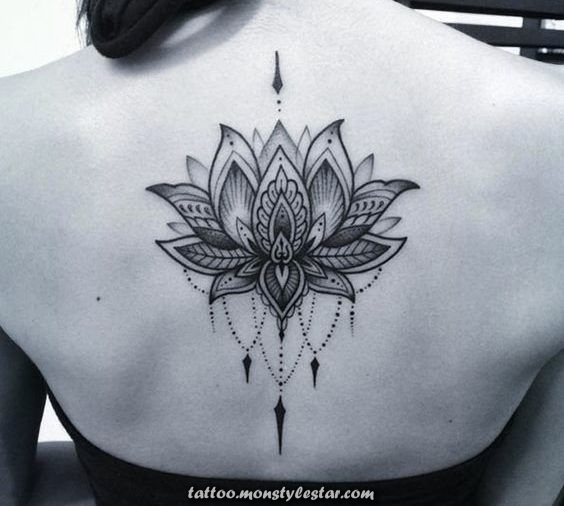 Tattoo woman lotus flower - Images and meaning - Yvonne Freund