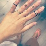 15 great ideas for finger tattoos for women - Elena Schad